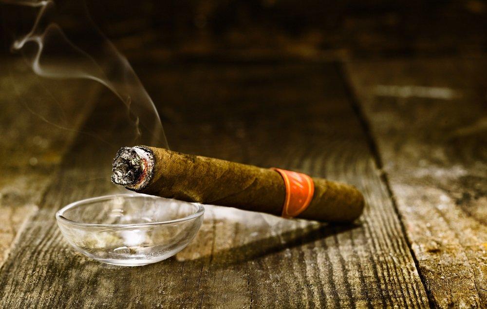 TE' , sigaro e pipa - La Stanza del Té